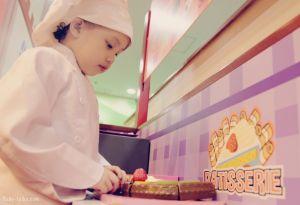 Kidzooona_Mia as a Baker
